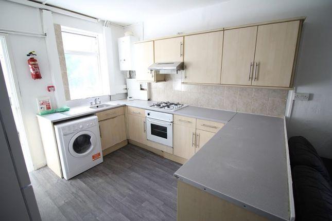 Thumbnail Flat to rent in Lochaber Street, Roath