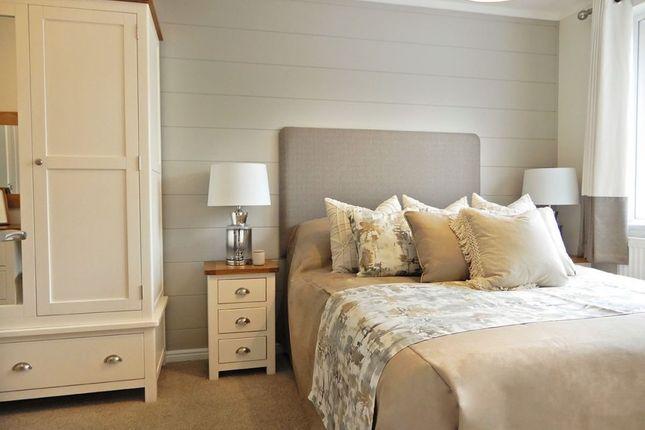 Master Bedroom of Billing Aquadrome Holiday Park, Northampton, Northamptonshire NN3