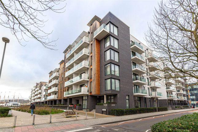 Thumbnail Flat to rent in Invicta, Millennium Promenade, Harbourside, Bristol