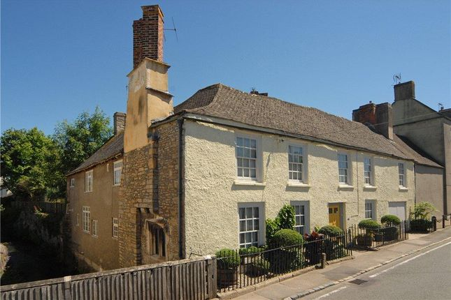 New Inn House of Wotton Road, Kingswood, Wotton-Under-Edge, Gloucestershire GL12