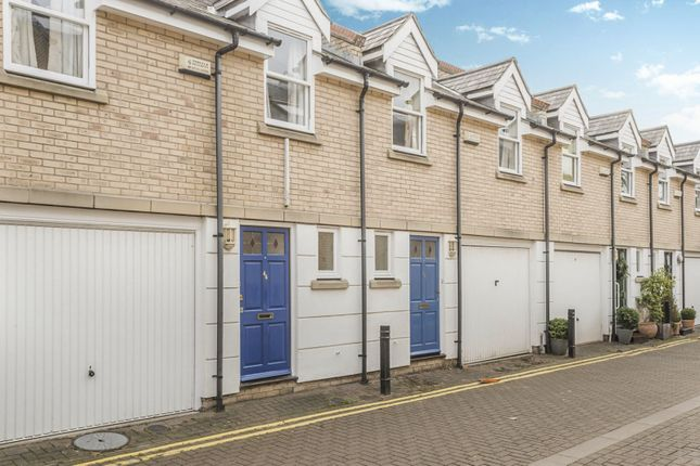 3 bed town house to rent in Cambridge Place, Cambridge
