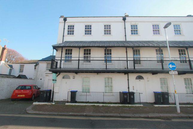 Thumbnail Flat to rent in Warwick Road, Worthing