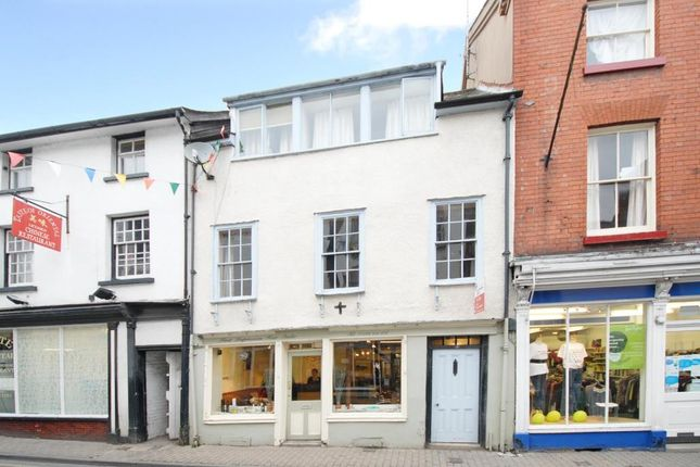 Thumbnail Flat for sale in Kington, Hereford