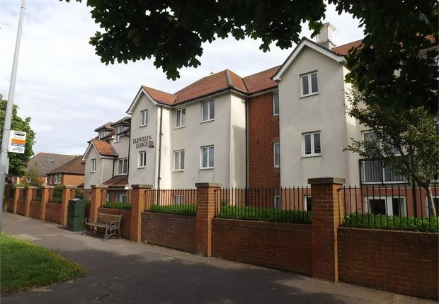 Thumbnail Flat for sale in Cooden Drive, Bexhill-On-Sea, East Sussex