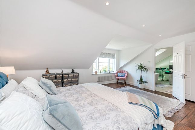 Master Bedroom of Thames Crescent, London W4