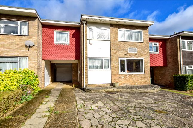 Thumbnail Link-detached house for sale in Sycamore Road, Croxley Green, Hertfordshire