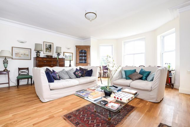 Thumbnail Flat to rent in Chilling Street, Sharpthorne, East Grinstead