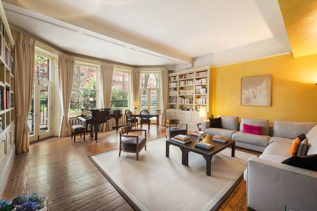 Thumbnail Flat for sale in Gledhow Gardens, South Kensington