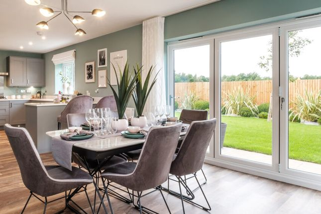 Thumbnail Semi-detached house for sale in Campden Road, Stratford-Upon-Avon