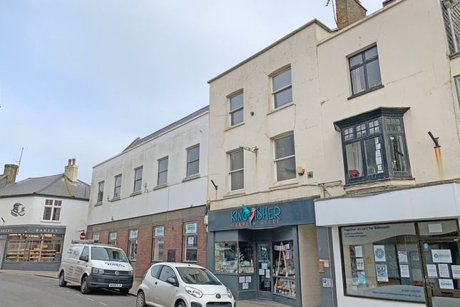 2 bed maisonette to rent in High Street, Sidmouth EX10