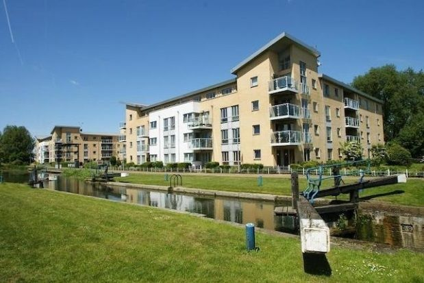 1 bed flat to rent in Lockside Marina, Chelmsford