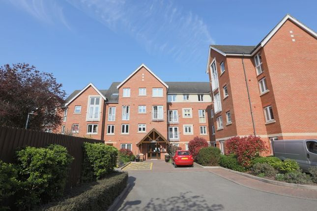 1 bed flat for sale in Hathaway Court, Stratford-Upon-Avon CV37
