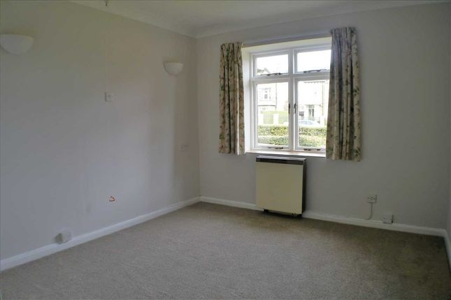 Bedroom of Richmond House, Street Lane, Leeds LS8