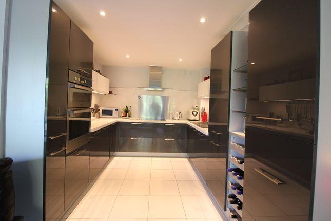 Kitchen of The Street, Horton Kirby, Dartford DA4