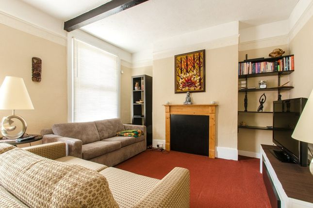 Flat for sale in Milton Road, Gravesend
