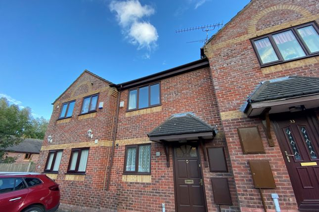 2 bed mews house to rent in Mayfield Mews, Crewe CW1
