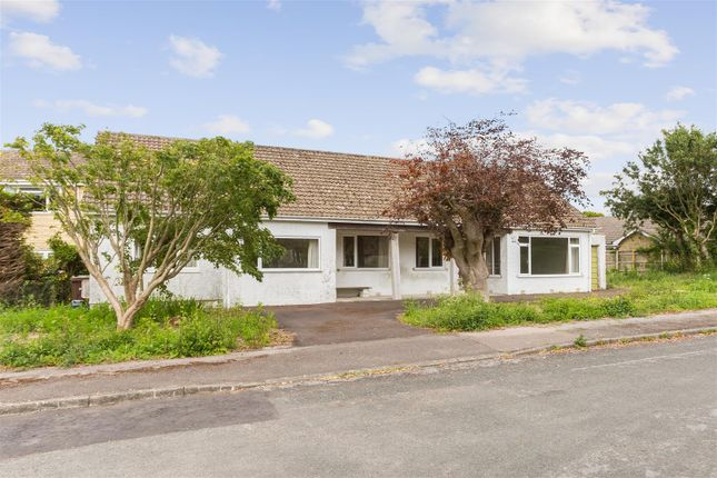 Thumbnail Bungalow for sale in Brockley Acres, Eastcombe, Stroud