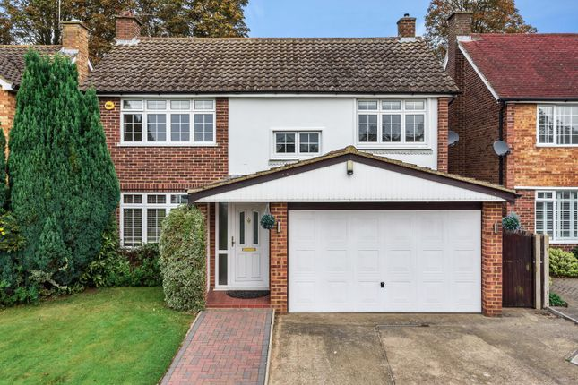 Thumbnail Detached house to rent in Minsterley Avenue, Shepperton