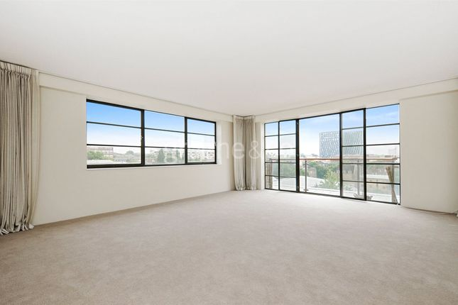 2 bed flat to rent in Ice Wharf, New Wharf Road, London