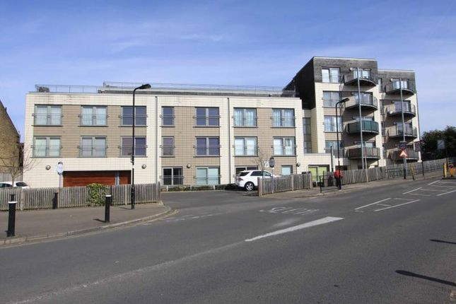1 bed flat for sale in Sudbury Heights Avenue, Greenford, Middlesex