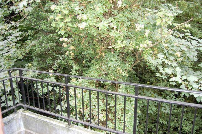 Photo 8 of High Road, Buckhurst Hill IG9