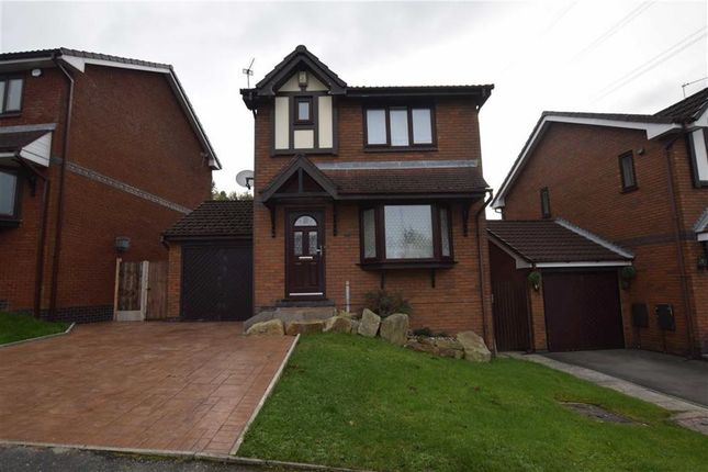 Thumbnail Detached house to rent in Heatherside, Stalybridge