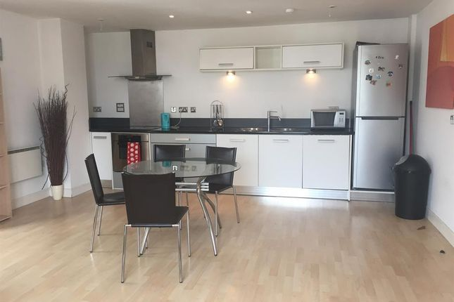 Thumbnail Flat to rent in The Bridge, Dearmans Place, Salford