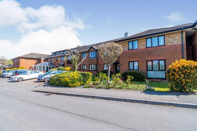 Flat for sale in Sherwood Close, Bassett, Southampton