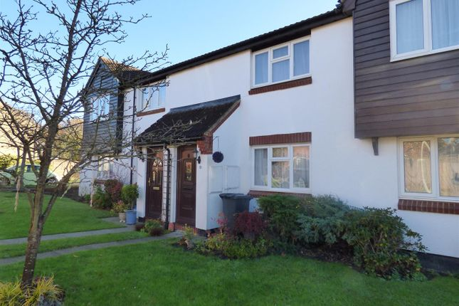 Thumbnail Terraced house for sale in Pinewood Close, Borehamwood