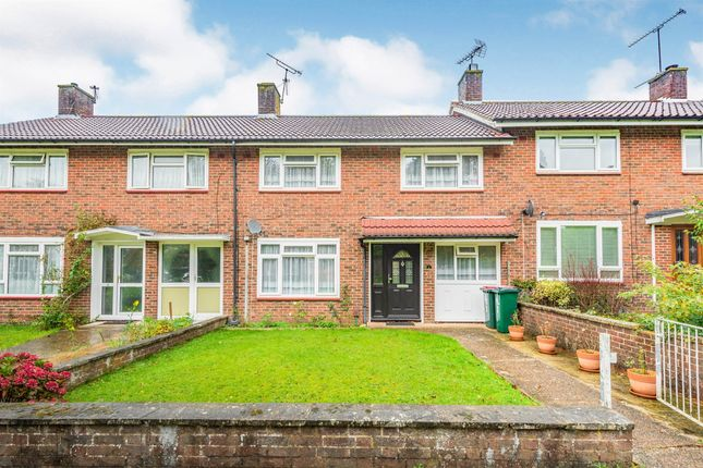Thumbnail Terraced house for sale in The Green, Crawley