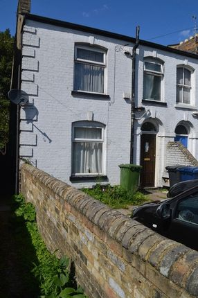 Thumbnail Terraced house to rent in Chesterton Road, Cambridge