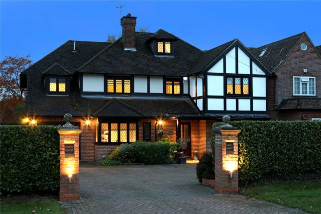 Thumbnail Detached house for sale in Loudhams Wood Lane, Chalfont St. Giles, Buckinghamshire