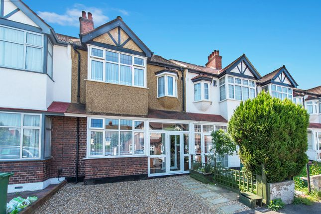 Thumbnail Terraced house for sale in Gomshall Avenue, Wallington