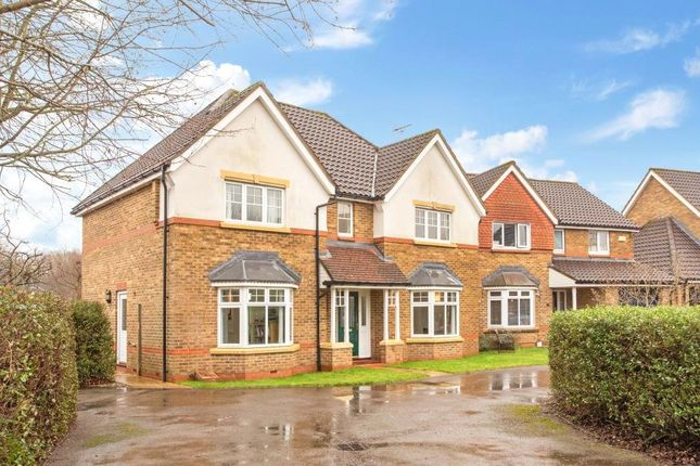 Thumbnail Country house for sale in Wallis Drive, Bramley