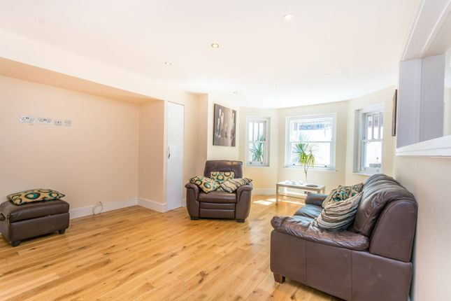 Thumbnail Flat to rent in Stapleton Hall Road, Crouch End