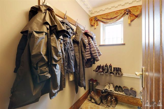 Boot Room of Belland Lane, Stonedge, Chesterfield, Derbyshire S45