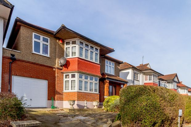 Thumbnail Detached house for sale in Crespigny Road, London