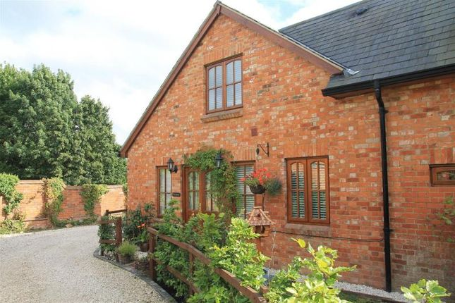 Thumbnail Terraced house for sale in Drift Road, Winkfield, Windsor