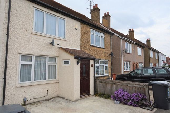 Thumbnail Terraced house to rent in St. Johns Road, Slough