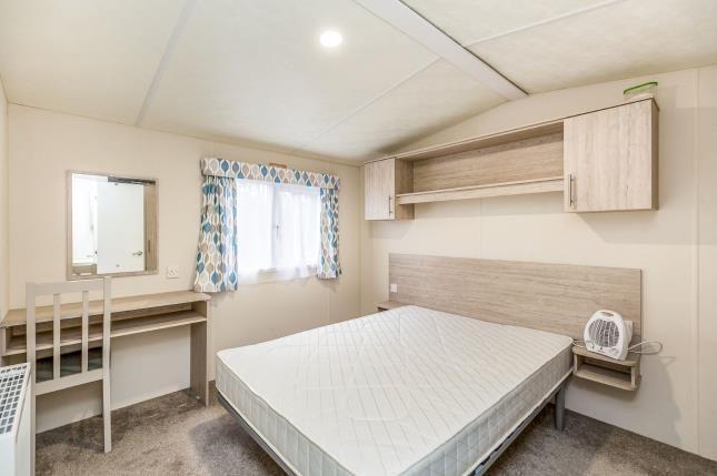 Bedroom 1 of Birdlake Pastures, Northampton, Northamptonshire NN3
