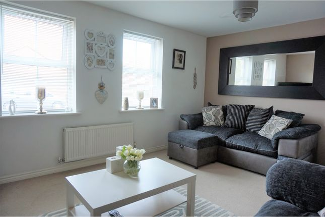 Thumbnail Flat for sale in Oak Crescent, Ashby-De-La-Zouch