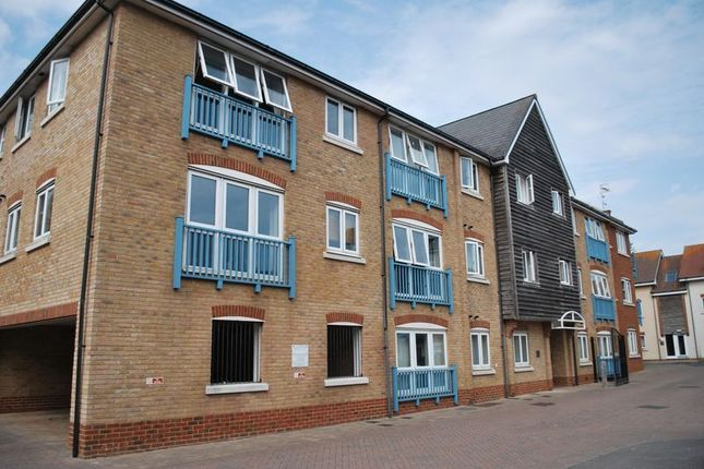 Thumbnail Flat to rent in Magnus Place, Ropetackle, Shoreham-By-Sea