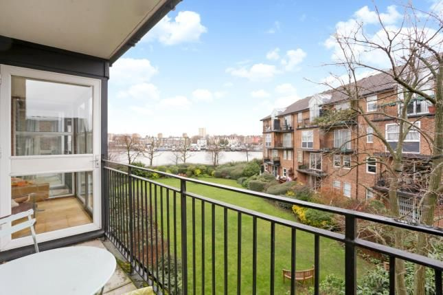 Balcony of Thorney Crecent, Battersea, London SW11