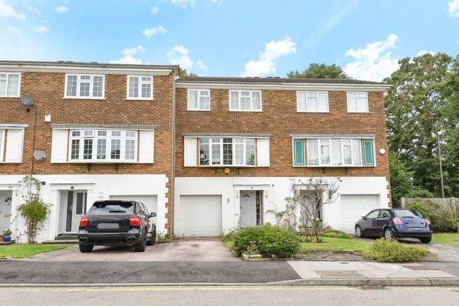 Thumbnail Terraced house for sale in Reynard Close, Bromley