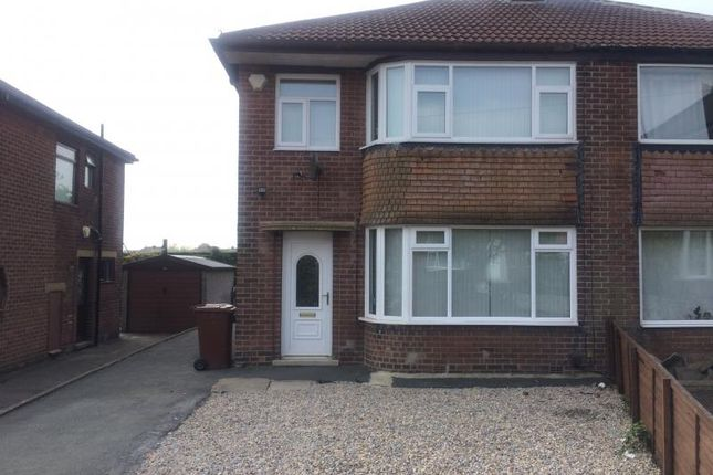 Thumbnail Semi-detached house to rent in Chatsworth Avenue, Pudsey