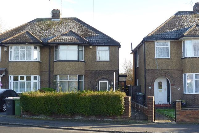 Thumbnail Flat to rent in Neville Road, Luton
