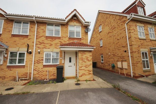 2 bed property to rent in Rainsborough Way, York YO30