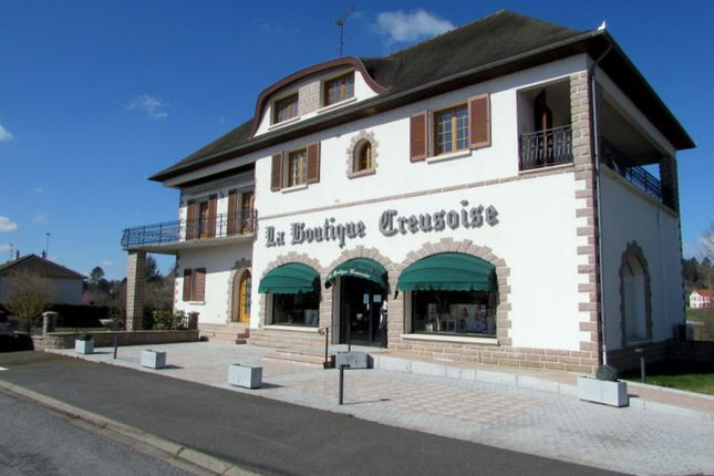 Thumbnail Business park for sale in Vieilleville Mourioux, Creuse, Nouvelle-Aquitaine