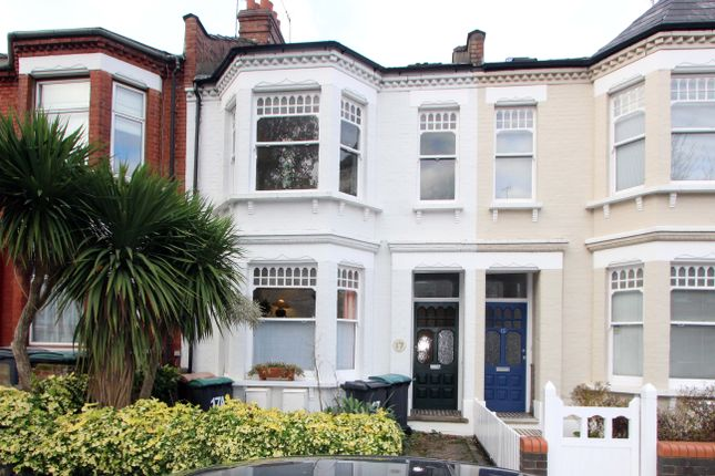 3 bed flat for sale in Greenham Road, London N10