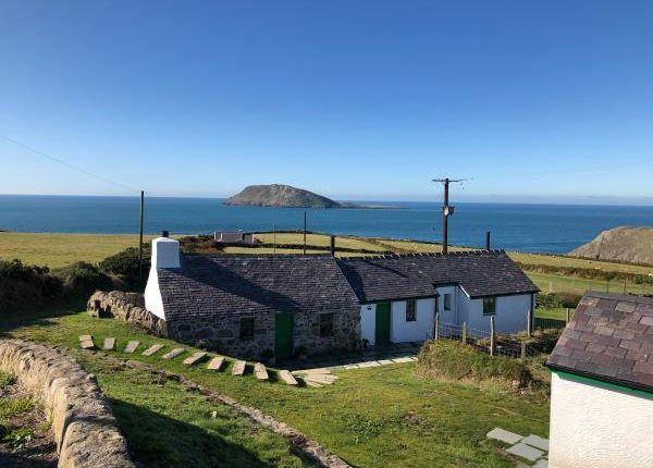 3 bed cottage for sale in Bryn Canaid, Uwch Mynydd, Pwllheli, Gwynedd LL53
